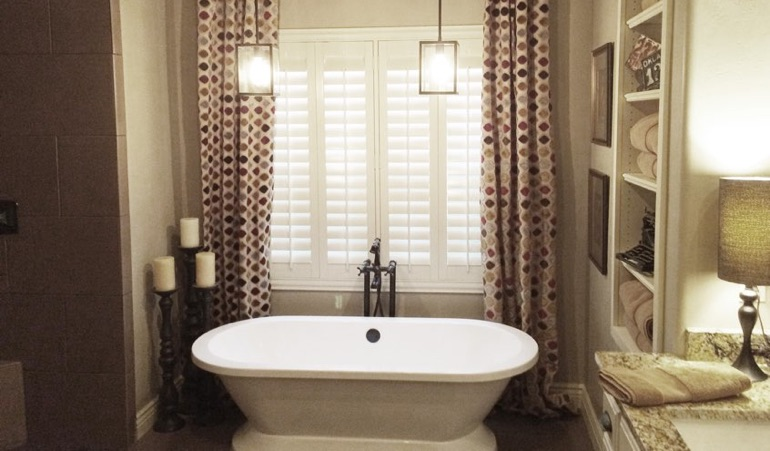Polywood Shutters in New York City Bathroom
