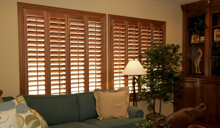 How To Clean Wood Shutters In New York City, NY